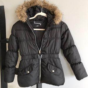 Girls M Black Rothschild puffer w/faux fur on hood